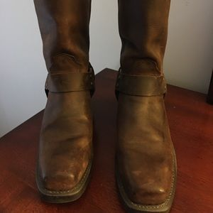 Dingo harness boots 9.5